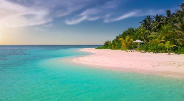 cayman islands fertility centre location